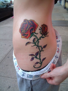 Top Sexy Tattoos For Women Tatuajes De Rosas Rojas