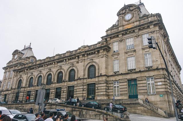 サン・ベント駅(Estação de São Bento)の外観