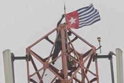 Bendera Bintang Kejora Berkibar di Kampus Unipa