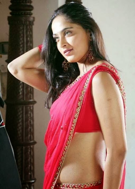 anushka-shetty-figure-in-sari