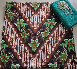 Kain Batik dan Embos AD 2938 Motif Parang Hijau