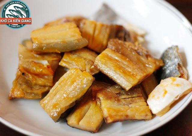 Món ngon Khô Cá Bè Trang chiên giấm đường