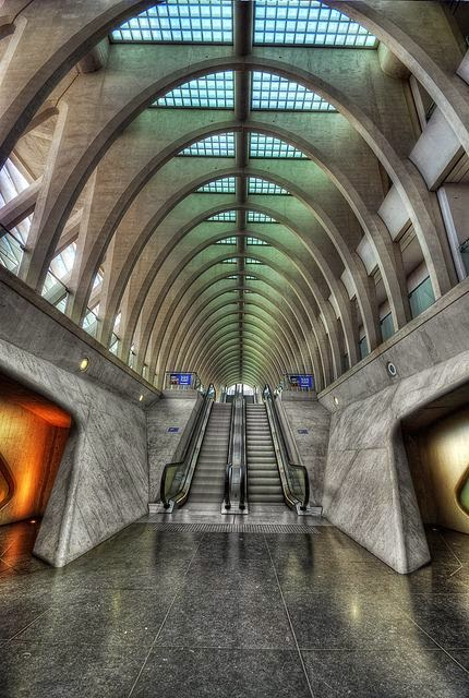 10 Best Places to Holiday in Belgium (100+ Photos) | Central Station Liège