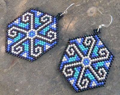 купить этно-серьги ручной работы с солярным орнаментом