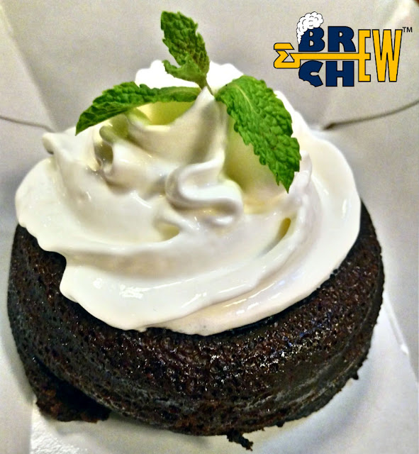 Au Bon Pain Review | Dark Lava Cake