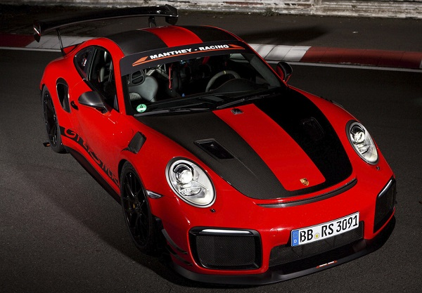 Porsche 911 GT2 RS MR (Manthey Racing)