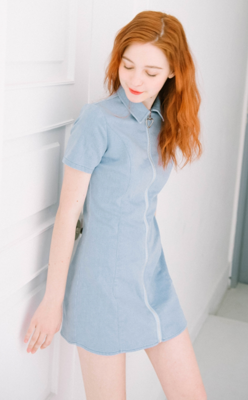 HEART CLUB Heart Zipper Denim Dress