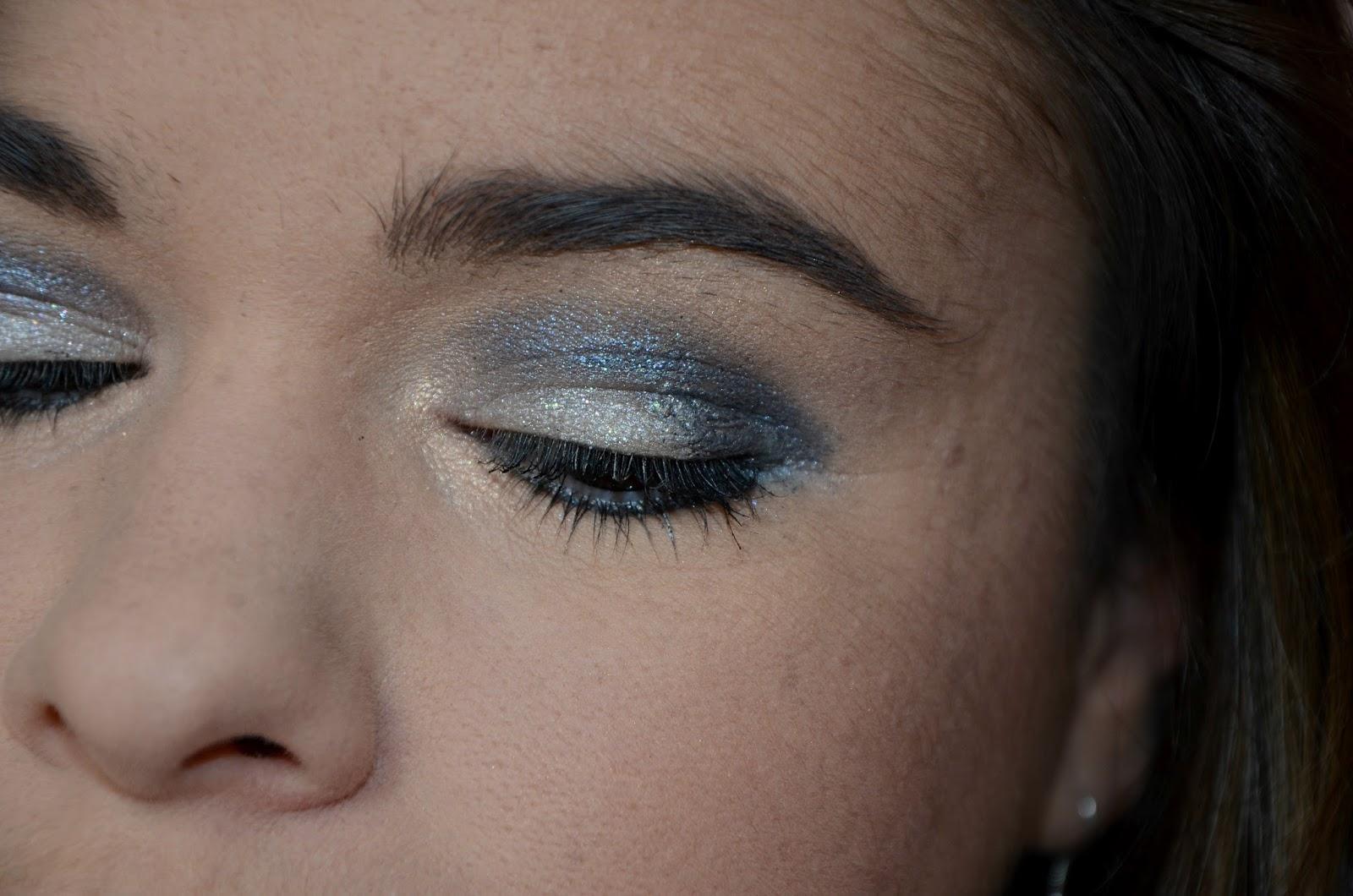 Bleu nuit et paillettes monday shadow challenge