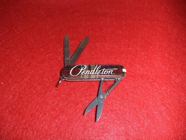 I Love Sak S Victorinox Classic Pendleton