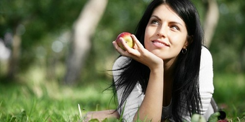 5 Makanan Yang Bisa Membuat Wajah Bersih Dan Bebas Jerawat