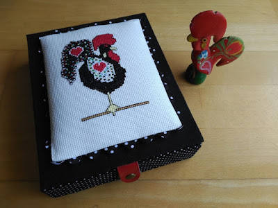 caja, boite, box, parchis, cartonaje, cartonnage, bordado, broderie, embroidery, punto cruz, cross stitch, point croix
