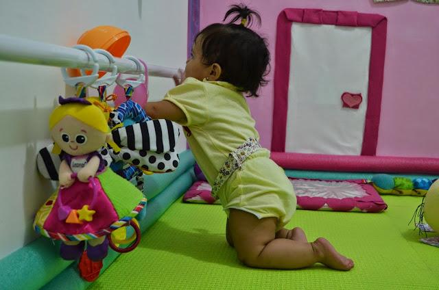 Barra de apoio quarto montessoriano bebê