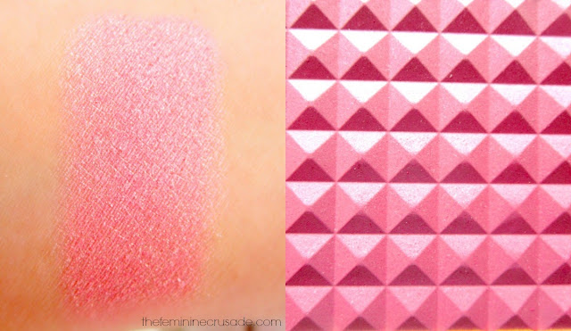Estee Lauder Illuminating Powder Gelee Blush in 'Tease' - swatch