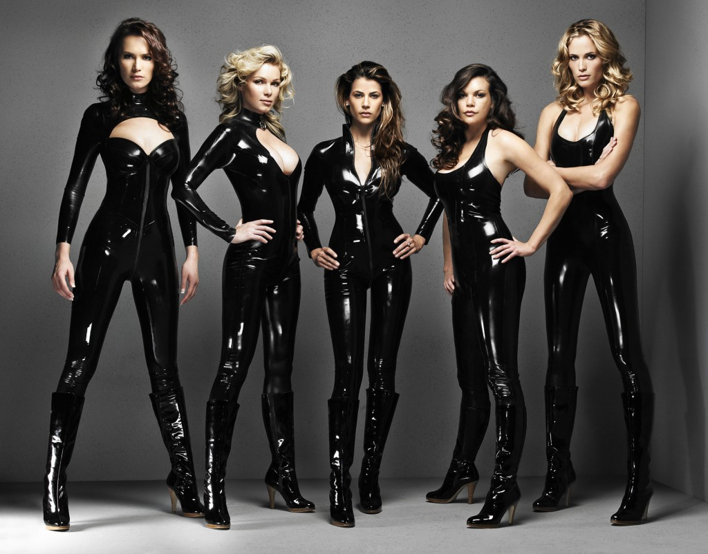 Female Dominants usually are pictured wearing some type of leather or latex outfits