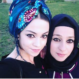 top 10 hot selfie instagram