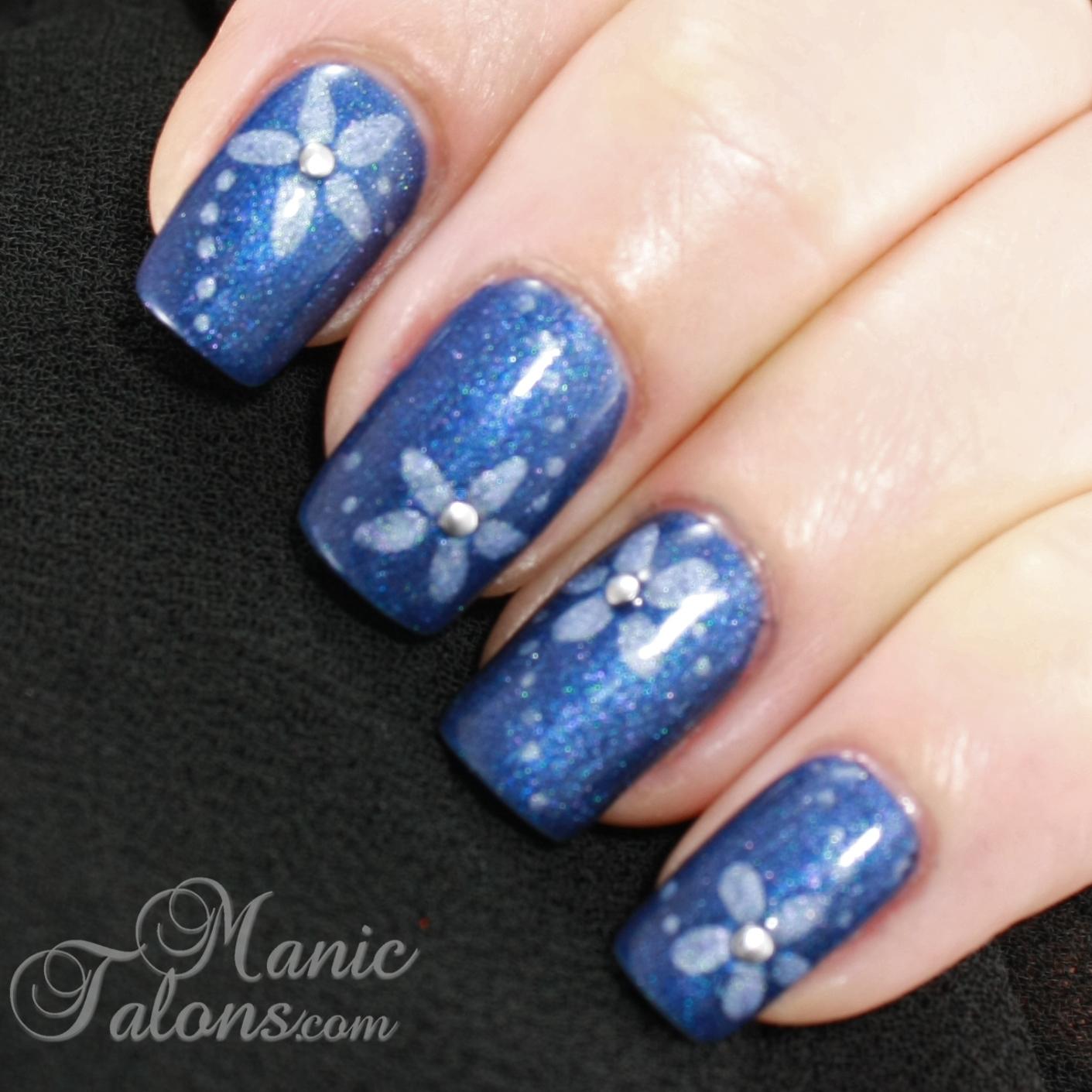 Manic Talons Nail Design: Simple Blue Flowers