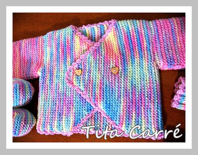 Casaquinho, sapatinho e meia de Bebê em tricot