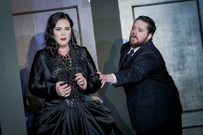 ENO Don Giovanni Caitlin Lynch and Allan Clayton (c) Robert Workman