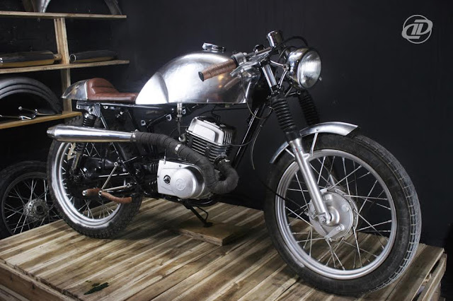 xe-minsk-do-cafe-racer