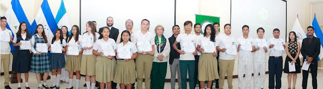 Finalistas Categoría Poesía del XIX Certamen de Literatura de Nueva Acrópolis Santa Ana, El Salvador