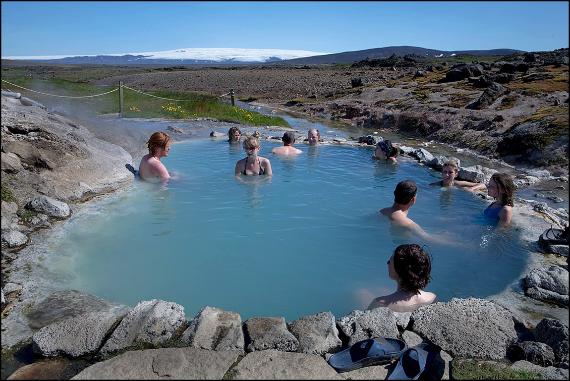 Travel Guide Iceland Lonely Planet