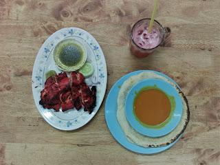 wisata kuliner Melaka - tandoori chicken and naan