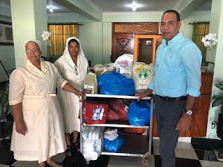 San Pedro de Macorís.- Nivaldo de la Cruz visitó la mañana de este miércoles el hogar de ancianos Dr George de esta cuidad para llevar alimentos.