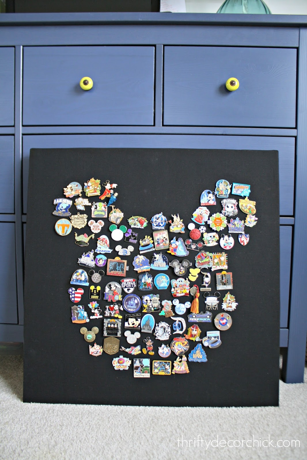 DIY Disney Mickey Mouse Pin Art