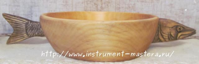 деревянная резная тарелка
