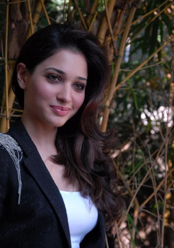 Tamanna Films: South Indian Film Actress Tamanna Latest Black Dress High