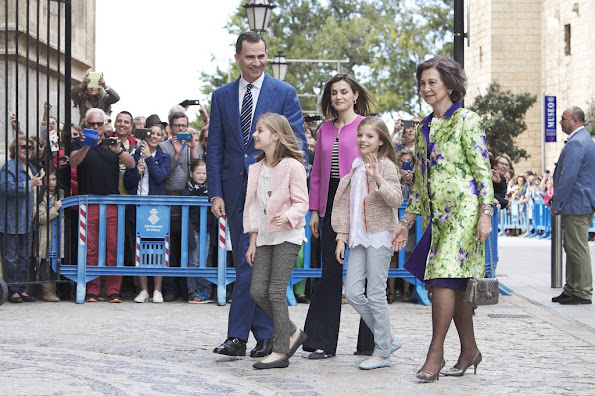King Felipe VI and his wife Queen Letizia of Spain, Queen Sofia, Princess Leonor and Princess Sofia