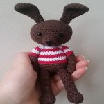 http://www.ravelry.com/patterns/library/zoey-the-bunny