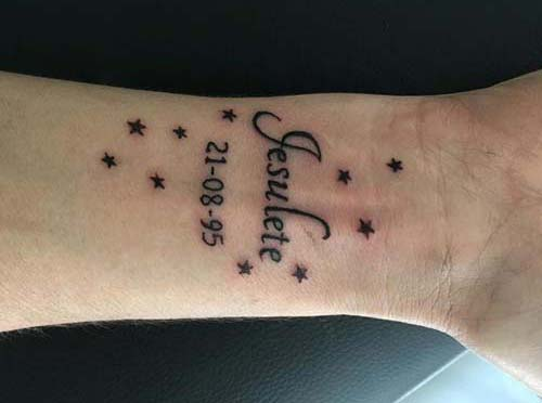 erkek bilek dövmeleri name date wrist tattoos for men