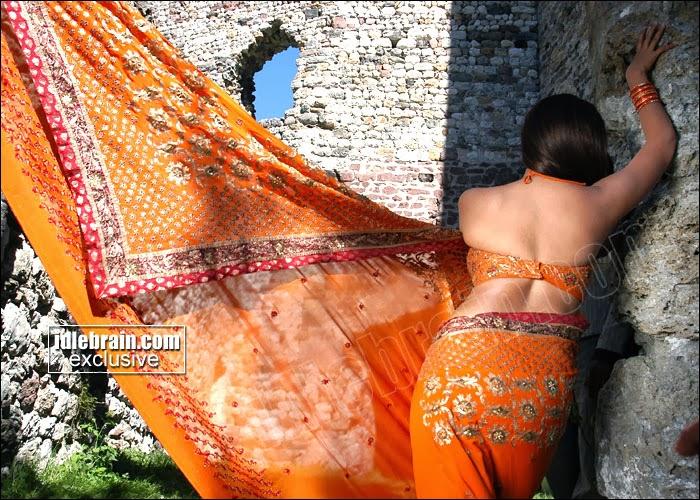 Dashi teen girl in naked