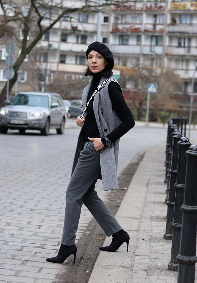 czarny beret trendy 2018