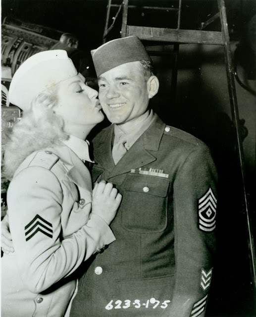 Betty Grable Kissing worldwartwo.filminspector.com