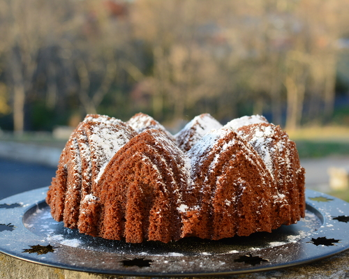 Spiced Honey Cake (as a Bundt cake) ♥ KitchenParade.com