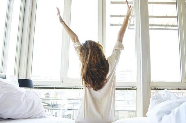 Jangan Salah Mengartikan, Bangun Pagi Ternyata Bisa Cepat Turunkan Berat Badan
