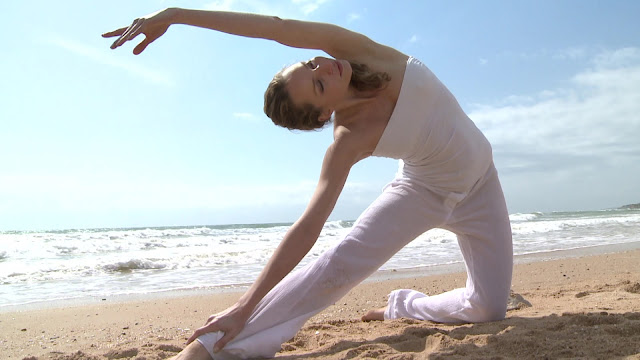 Parighasana - Gate Yoga Pose