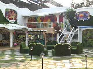 Bigg boss 9 house garden area