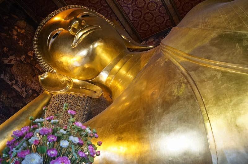 Wat Pho, templo buda reclinado, buda tumbado, templos de Bangkok, templo budista, templos de Tailandia
