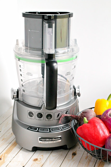 The Hamilton Beach Professional 14 Cup Dicing Food Processor can slice, dice, shred, mix, chop, puree, and knead bread and pizza dough with its dough blade! If you have been looking for the ultimate, do-it-all food processor for your kitchen, this is most certainly it, folks.