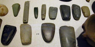 Periodisasi Perkembangan Budaya Masyarakat Prasejarah (Zaman Kerikil Dan Logam)