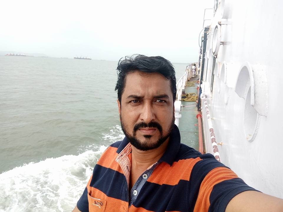 Sanjay Pandey (Bhojpuri Actor) Height, Weight, Age, Wife, Affairs, Biography, Filmography, Albums & More. Sanjay Pandey Photos, Videos, HD Wallpaper, Sanjay Pandey Wiki, Biography, Filmography, Sanjay Pandey Movies List, HD Wallpaper, News, New Upcoming Movies List
