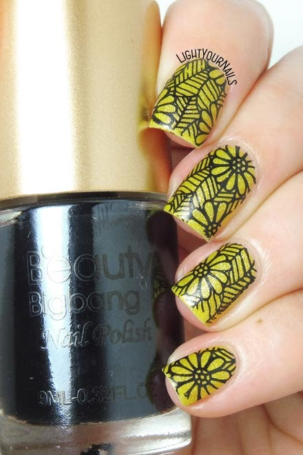 Black and yellow flowers nail stamping feat. BeautyBigBang black stamping polish #nailart #nailstamping #lightyournails