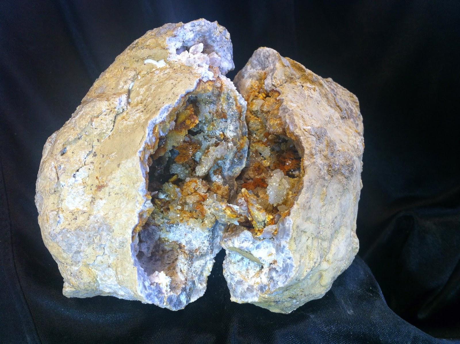 Bill's Rockhound Blog: Geodes (Keokuk)