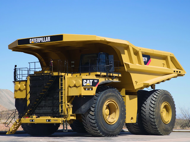 Gambar truk haul Caterpillar  Cat 797F
