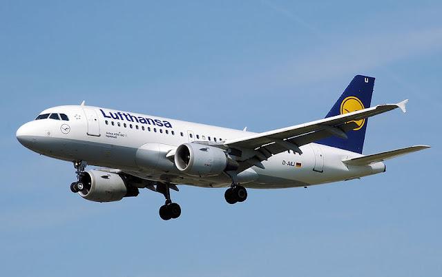 Gambar Pesawat Airbus A319 04