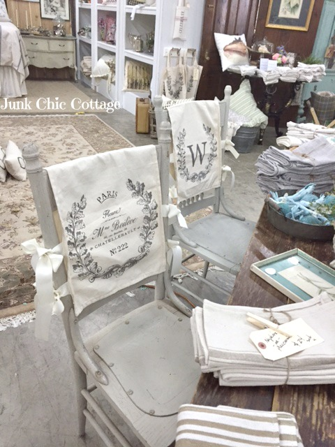 Charmant Lots Of Pretty French Linens Including These Paris Chair Covers.