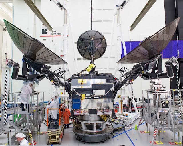 O TDRS-M é um satélite de comunicação geoestacionário estadunidense